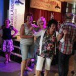 Inrichten zaal dirgelenfeest 2016 (20) w