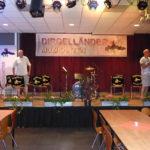 Inrichten zaal dirgelenfeest 2016 (9) w