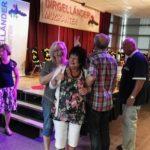 Inrichten zaal dirgelenfeest w 2016 (23) w